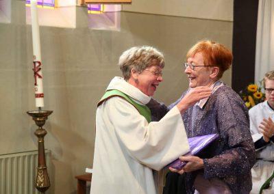 ParQ0917.119 Hilda 25 jaar pastor [Marlies Bosch HILDA 25 JAAR PASTOR 14]