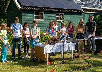 ParS0630.240 jongerenviering tuin
