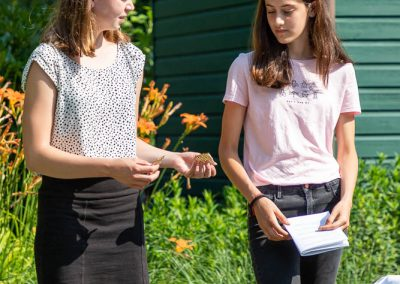 ParS0630.257 jongerenviering tuin