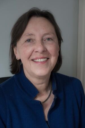 Anneke Hooymans